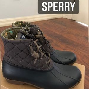 Brand new Sperry duck boots booties rain snow